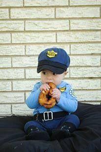 LEO officer sheriff newborn photo