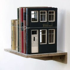 Charming: houses built of books by Dutch artist Frank Halmans, a fine addition to other outstanding book sculpture concepts. Up Book, Book Pages, Book Art, Altered Books, Altered Art, Book Crafts, Paper Crafts, Dutch Artists, Handmade Books