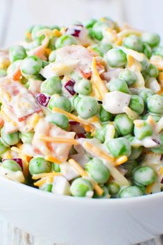 Pea salad recipe, so creamy, a perfect summer salad with bacon, red onions, and cheese that will have your guests begging for more, Southern Pea Salad just like grandma used to make, this recipe is incredibly easy and flavorful