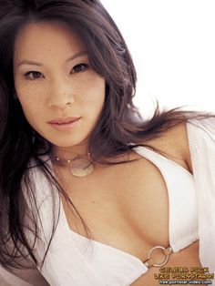 Luci Liu innocent nude posing | WetRed.Org