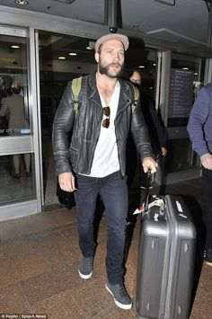 Jai Courtney takes break from Suicide Squad to take a trip Down Under | Daily Mail Online