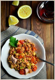 Bulgúr saláta tonhallal, chermoula öntettel- egy kis szenvedély a tél végére... - Házisáfrány Naan, Kung Pao Chicken, Fried Rice, Fries, Ethnic Recipes, Food, Bulgur, Meals, Nasi Goreng