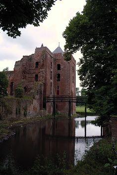 Castle Brederode, also called the Ruïns of Brederode, is located near Santpoort-Zuid, Netherlands