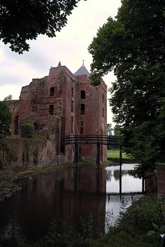 Castle Brederode, also called the Ruïns of Brederode, is located near Santpoort-Zuid, Netherlands