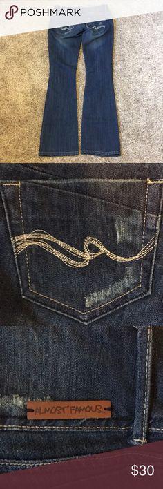 Almost Famous Jeans Almost Famous Jeans, Straight Leg, Size 5, Waist 31 Inseam 33 Almost Famous Jeans Straight Leg