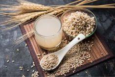 Woda z jęczmienia może mieć pozytywny wpływ na zdrowie. Przeczytaj i poznaj zastosowania tego interesującego, odświeżającego napoju. Barley Water Benefits, Barley Health Benefits, Tempeh, Troubles Digestifs, Gastro, Reduce Appetite, Digestion Process, Lose Weight Naturally, Eating Raw