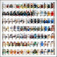 Los juguetes LEGO pueden ser caros: no los dejes languidecer en una caja, ¡exhíbelos! | 31 Maneras increíblemente creativas de exhibir tus cosas