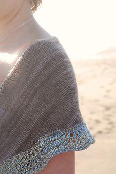 Ravelry: Sand and Sea Shawlette pattern by Alana Dakos