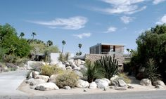 Pin for Later: The Most Amazing (but Budget-Friendly) Honeymoon Destinations Palm Springs, CA