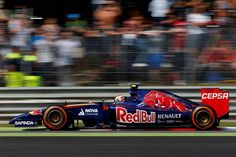 Daniil Kvyat (RUS) Scuderia Toro Rosso STR9. Formula One World Championship, Rd13, Italian Grand Prix, Monza, Italy, Race Day, Sunday, 7 September 2014