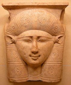 https://flic.kr/p/67Uw5c | Goddess Hathor | Visage de la déesse Hathor aux oreilles de vache, chapiteau d'une colonne, IIIe siècle av. J.C. Goddess Hathor with ears of a cow, capital of a column, 3th century BC