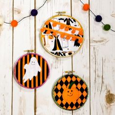 Make fun hoop art with Halloween fabric and felt!
