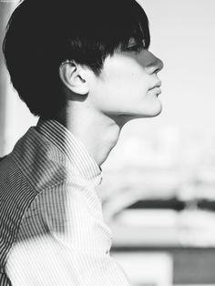 Japanese boy are so cute! Beautiful Boys, Beautiful People, Haruma Miura, Human Reference, Japanese Drama, Poses, Asian Actors, Man Photo, Asian Men