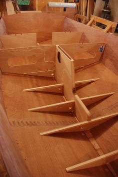 Chesapeake Light Craft, Simple Boat, Wooden Boat Building, Build Your Own Boat, Dinghy, Clc, Boat Plans, Wooden Boats, Particle Board