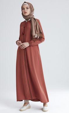 Sıcak tonlar🌾 #tugbavenn #springsummer #summertime Abaya Fashion, Modest Fashion, Girl Fashion, Fashion Outfits, Modest Wear, Modest Dresses, Simple Abaya Designs, Estilo Abaya, Salmon Dress