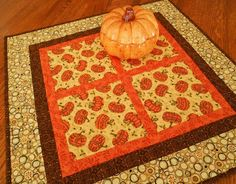 Quilted Fall Table Topper, Halloween Table Topper, Moda Posh Pumpkins, Autumn Table Topper, Fall Table Runner, Orange Brown and Gold