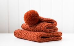 Terracotta chunky set of hand knitted infinity scarf/cowl/snood and a hat. Adult/teen women/men/unisex. 100% wool warm stylish gift