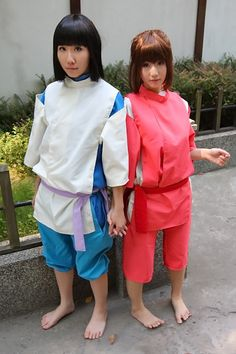 Spirited Away cosplay - Chihiro and Haku Fun Costumes, Cosplay Costumes, Costume Ideas, Comic Con Cosplay, Anime Cosplay, Awesome Cosplay, Best Cosplay, Spirited Away Costume, Chihiro Cosplay