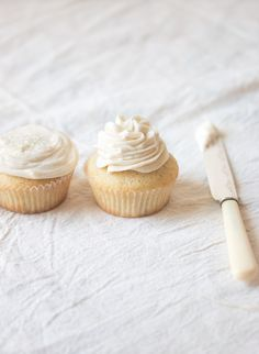 vanilla cupcakes with buttercream frosting, cream cheese frosting or swiss meringue buttercream