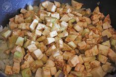 Cocinando entre Olivos: Empanadillas o Borekas de berenjenas. Receta paso a paso. Relleno, Potato Salad, Potatoes, Chicken, Meat, Ethnic Recipes, Food, Gourmet, Vegan Pot Pies