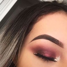CLICK HERE http://www.youtube.com/channel/UCqEqHuax3qm6eGA6K06_MmQ?sub_confirmation=1 A lil' bit of Saturday night makeup inspo by chichiclothing
