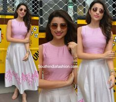Parineeti Chopra in Plakinger – South India Fashion Kurta Designs, Blouse Designs, Frock Fashion, Fashion Dresses, Indian Designer Outfits, Designer Dresses, Indian Dresses, Indian Outfits, Indie Mode
