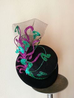 Lady Riddler Mini Top Hat Fascinator by KnittedMinions on Etsy, $35.00