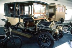 Minerva WT, voiture routière de 1910  La Minerva WT, cette automobile ancienne fut construite de 1910 à 1911.