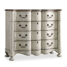 Hooker Furniture Chic Coterie 4-Drawer Shaped Front Chest