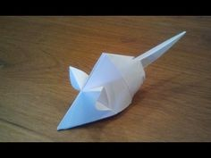 Paper: printer paper Size: x How To Make an Origami Mouse (Tetsuya Gotani) Origami mouse designed by Tetsuya Gotani. Origami Mouse, Origami Fish, Origami Yoda, Easy Origami, Origami Star Box, Origami Stars, Origami Design, Paper Crafts Origami, Origami Ideas