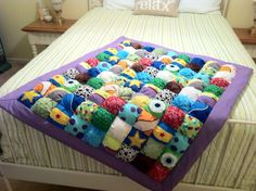 Toy story, nemo, monsters inc and wall-e inspired puff quilt Pixar Nursery, Monsters Inc Nursery, Book Themed Nursery, Toy Story Nursery, Disney Nursery, Nursery Themes, Baby Puffs, Bubble Quilt, Puff Quilt
