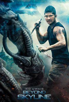Beyond Skyline 2017 Poster Great Movies To Watch, Movies To Watch Online, Watch Movies, Movie Plot, Hits Movie, New Movie Posters, Cinema Posters, Skyline 2017, Beyond Skyline