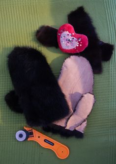 fur handmade glovers, recycling from old fur hat