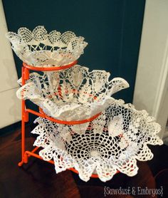 How to make bowls out of doilies