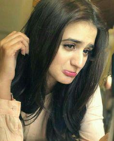 Pakistani Models, Pakistani Actress, Cute Girl Poses, Cute Girls, Hira Mani, Stylish Girl Pic, Beautiful Girl Image, Girls Dpz, Celebs