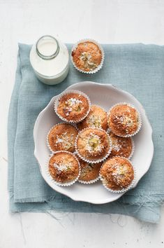 Kiwi Fruit Muffins with Coconut
