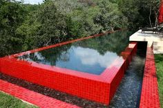 piscina vermelha.JPG2 (Copy)