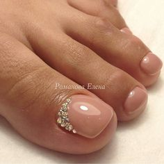 50 amazing toe nail colors to choose in 2019 002 Ideas for wedding nails toes pedicures rhinestones Wedding nail art designs for brides No photo description available. Errryday toes right here! Simple elegant and very feminine 😍 Toe Nail Color, Toe Nail Art, Nail Colors, Pretty Toe Nails, Cute Toe Nails, Nude Nails, My Nails, Wedding Nail Polish, Wedding Toe Nails