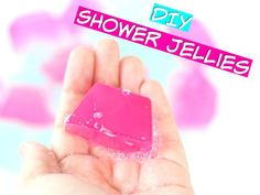 Shower Jellies Method 1: 1c boiling water 1 packet of plain gelatin (I usually use agar--look online for it) 1/2c clear body wash (you can use dish soap)