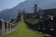 Bellinzona - Walls by Luca Flori on 500px