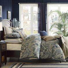 Urban Chic Comforter Set