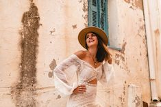 Destination Wedding? How To Avoid Running Into Any Issues Getting Married Abroad, Boho Bride, Destination Wedding, Dresses With Sleeves, Running, Couples, Long Sleeve, Fashion, Moda