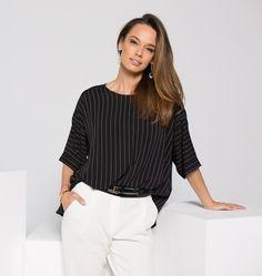 Ghid de asortare a culorilor pentru femeile indraznete Ruffle Blouse, Long Sleeve, Sleeves, Shopping, Women, Fashion, Moda, Long Dress Patterns, Fashion Styles