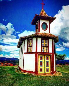 Catas Altas - MG - Brasil Catholic Churches, Church Building, Iglesias, Ol Days, Cata, Kirchen, Dom, Places To Travel, Brazil