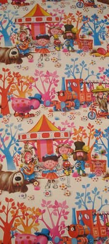 My brother had Magic Roundabout wallpaper in his bedroom! Crazy about those retro patterns. and wallpaper isn't it the best? 1970s Childhood, My Childhood Memories, Childhood Toys, Magic Roundabout, Wallpaper Crafts, Retro Pattern, My Memory, Vintage Toys, Vintage Fabrics