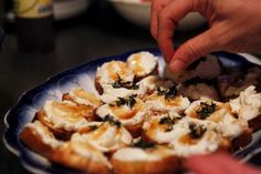 crostini with ricotta, honey & thyme? yes please.