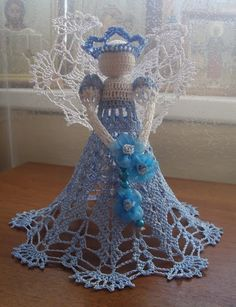 Interesting ideas for decor: Crochet angel some patterns in foreign language some charts Christmas Crochet Patterns, Crochet Ornaments, Holiday Crochet, Crochet Snowflakes, Thread Crochet, Crochet Dolls, Crochet Yarn, Crochet Angel Pattern, Crochet Angels