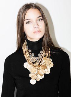 Coin necklace - Jewellery - ACCESSORIES - Uterqüe United Kingdom Coin Necklace, Jewelry Necklaces, Jewellery, Coins, Jewelry Accessories, Jewels, Unique, Outfits, United Kingdom