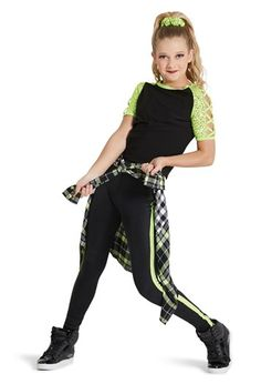 Performance choose and dance attires capabilities on-trend design for those genres of party. Hip Hop Dancer Outfits, Hip Hop Outfits, Dance Outfits, Girl Outfits, Dance Picture Poses, Dance Poses, Dance Tips, Hip Hop Costumes, Cute Dance Costumes