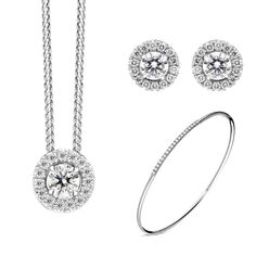 18ct White Gold Diamond Three Piece Gift Set, BLC-218 At C W Sellors, we have an expert team of diamond specialists who handpick and grade each jewel to meet our high standards and a team oftalented in house designers who combine their talents tobring you our exclusive Diamond collection. Chosen for their rare white quality, eachdiamond we use has a minimum clarity of VS and minimum colour of G-H. This beautiful gift set comprises: Pendant: Diamond Round Brilliant 0.51cts, sold complete… Christmas Gift Sets, High Standards, Rose Gold Jewelry, Jewelry Packaging, White Gold Diamonds, Gold Chains, Natural Gemstones, Jewelry Gifts, Black Friday